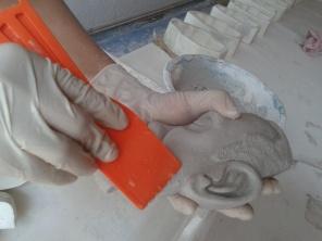 Producción de pieza de yeso para el taller
