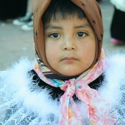 Niño disfrazado de chinelo